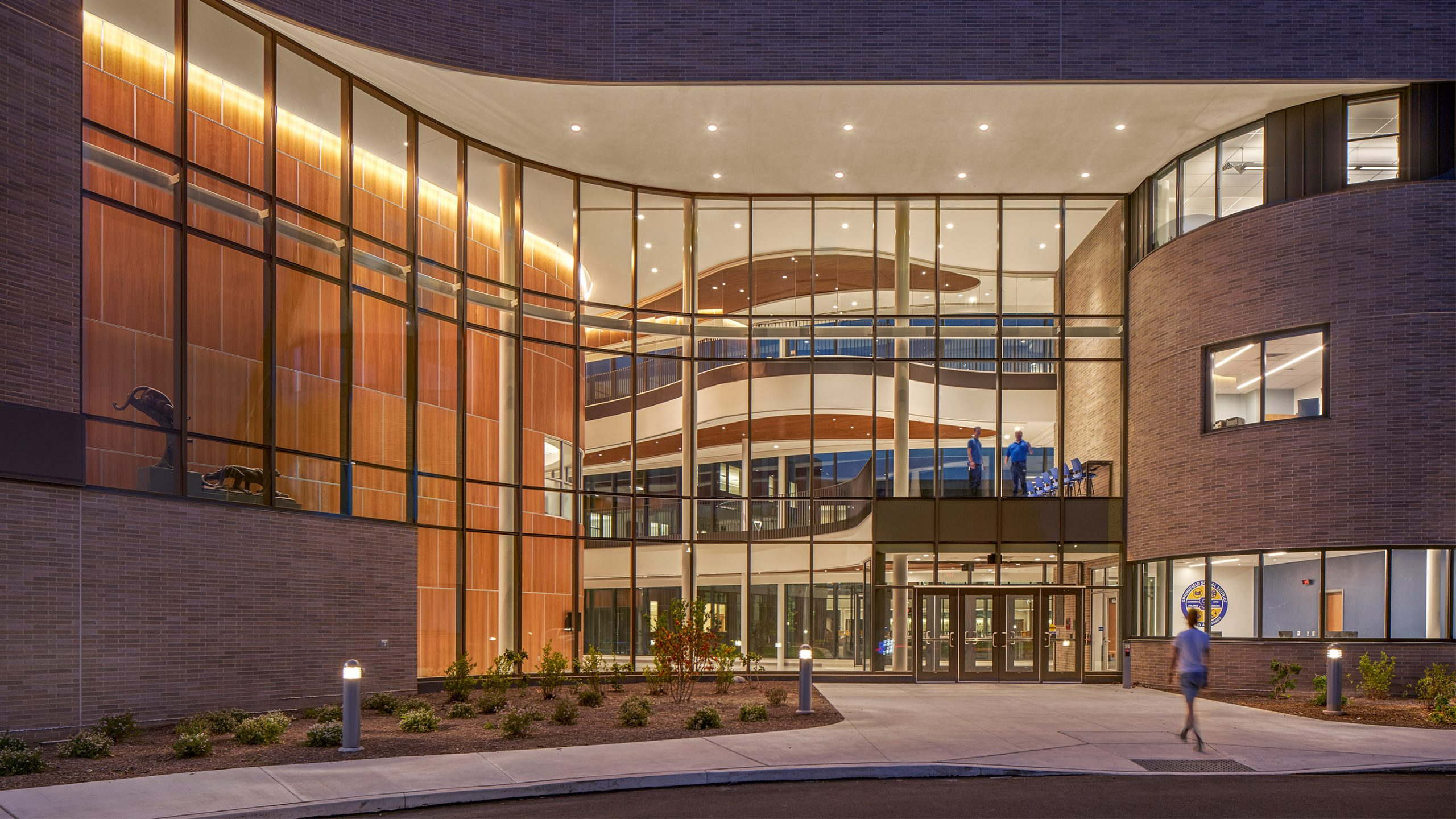 6-Exterior-2_SCHRADERGROUP_Springfield_School_District_High_School_Perkins&Will